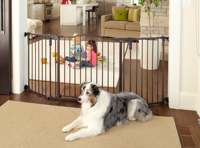 North States Supergate Deluxe Décor Metal Gate, Matte Bronze